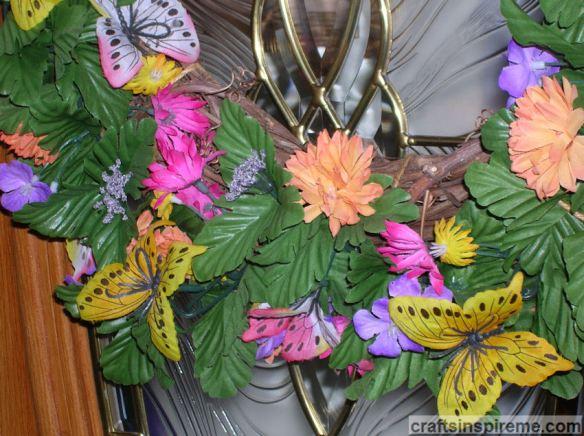 Detail Butterfly Wreath
