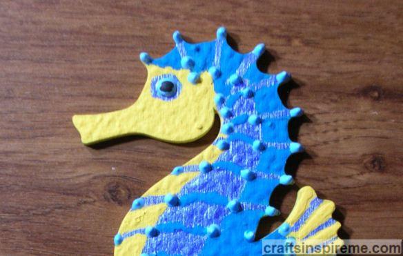 P7 Turquoise Seahorse Detail