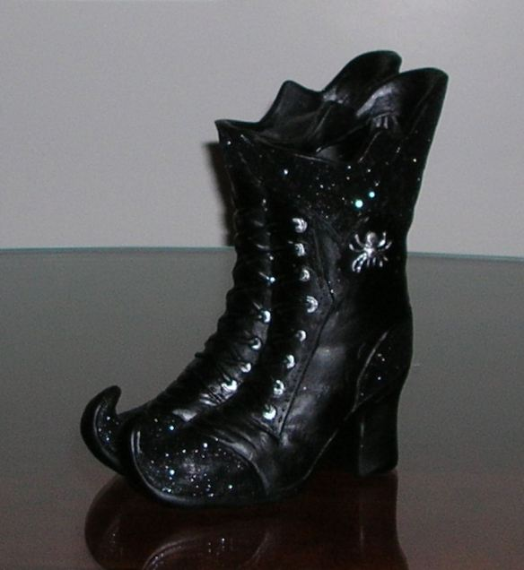Close Up: Witch Boots