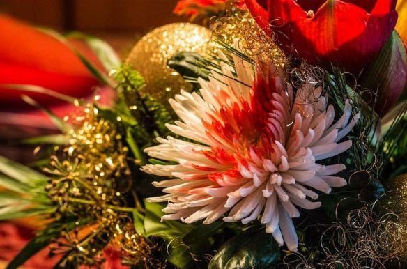 Fresh Cut Flowers Centerpiece