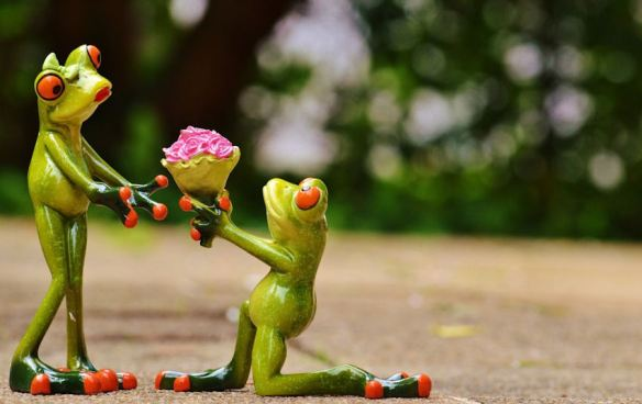 Valentine's Frog Figurines