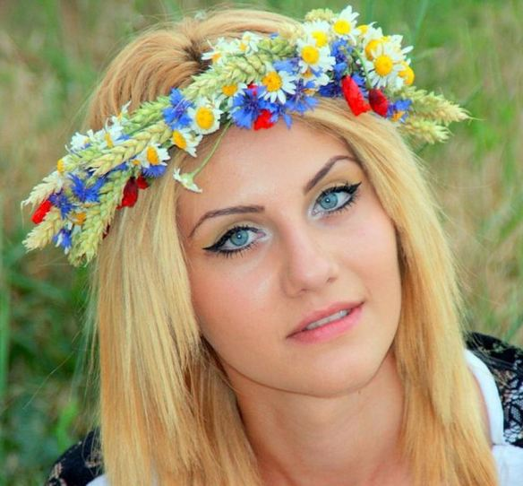 Daisies & Cornflowers Crown