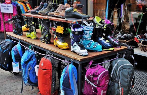 Ski & Outdoor Gear Shop