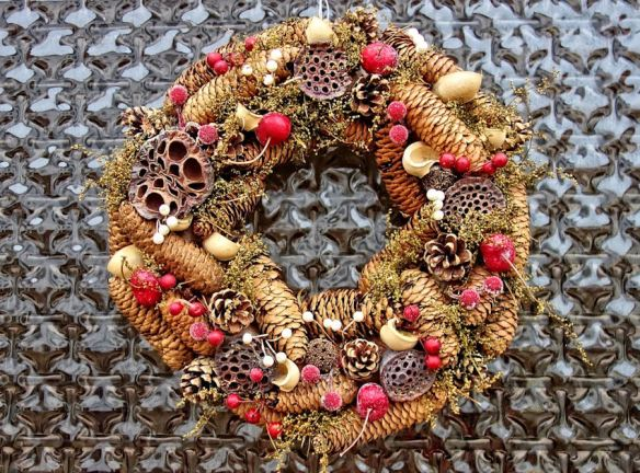 Wreath Pinecones