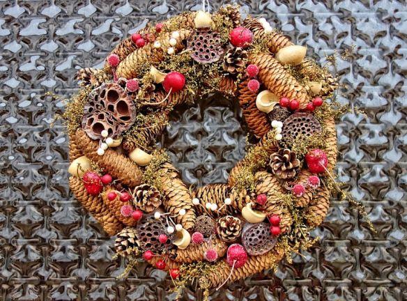 Wreath Pinecones