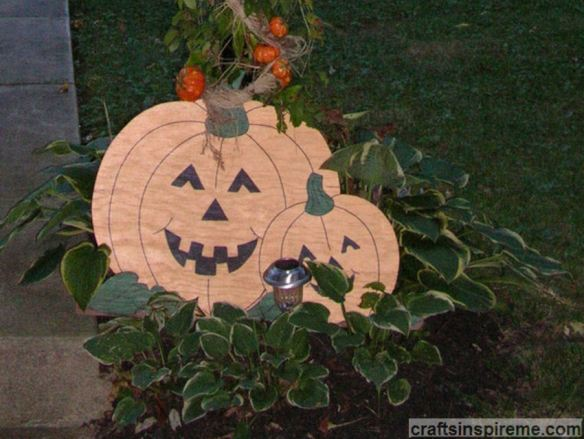 Lamppost Pumpkins