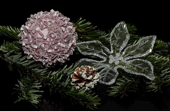 Bows & Flowers Ornaments
