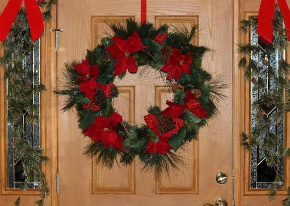 Poinsettia Wreath & Garland