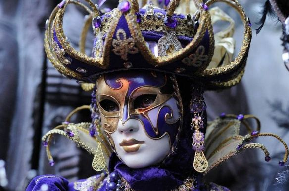 Venice Purple Gold Mask