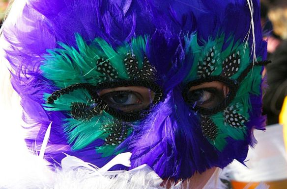 Purple Green Feathered Mask