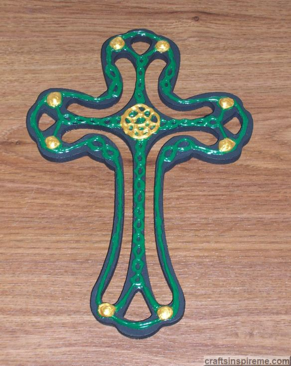Celtic Gold Accents Finished Cross