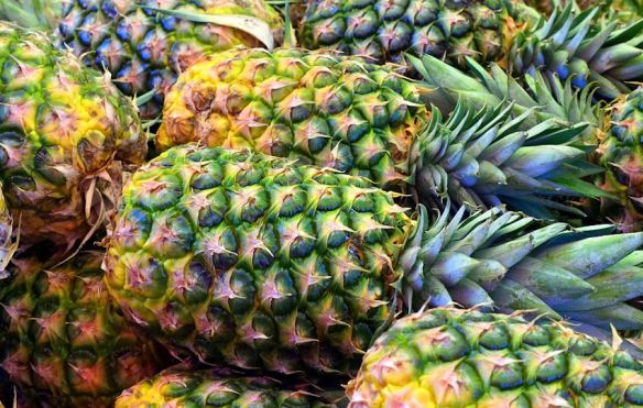 Pineapple Colors