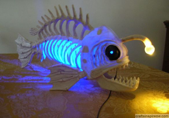 Original Fish Skeleton Lit