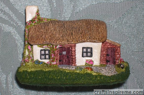 Ceramic Irish Cottage