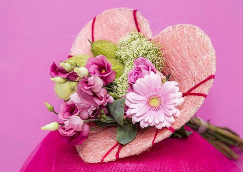 Accessorize Heart Bouquet